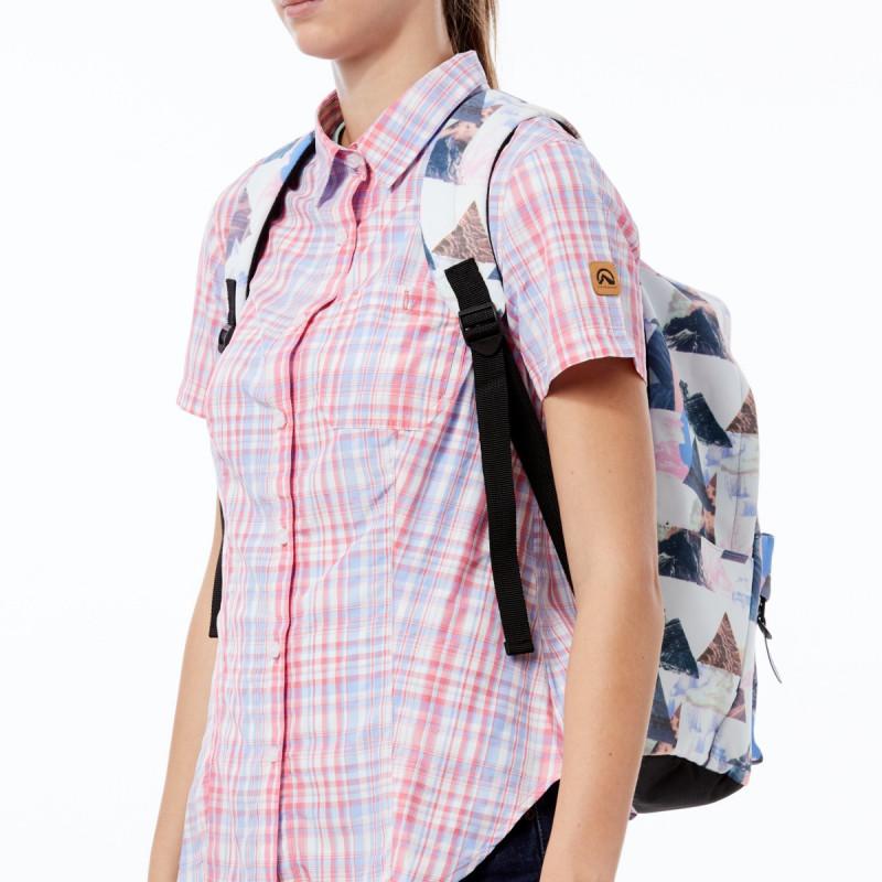 NORTHFINDER unisex školní batoh 15l DEMINO - Moderní lehký batoh pro sport, study & sport, objem: 15l, velká přední kapsa na zip, nastavitelné ramenní popruhy, celopotištěný, zesílený spodek, penál jako součást batohu.