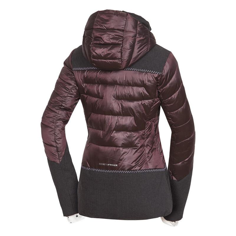 """NORTHFINDER dámská bunda kombinovaná do chladného a mokrého počasí VYOLETAIA - Vodoodpudivá lehká dámská zimní bunda značky NORTHFINDER s NF® výplní a dobrou prodyšností. Díky ,,lesklému"""" modernímu vzhledu budete nepřehlédnutelná na svahu. Součástí bundy je odepínací kapuce, reflexní prvky či kožené detaily. Perfektní je zejména na lyžování, ale i běžné nošení, cestování či procházky v přírodě v zimě. Pocit zimy vás nemůže překvapit ."""