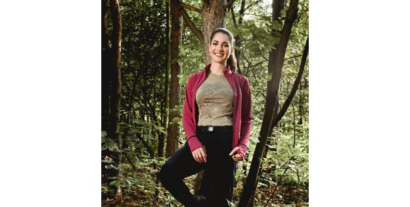 NORTHFINDER dámské triko organická bavlna extra size VYOLA - Bavlněné dámské tričko značky NORTHFINDER z pot odvádějící tkaniny a s originálním designem. Benefity materiálu jsou ve vysoké prodyšnosti, jemnosti, savosti a komfortu při nošení. Recyklace je jednou z hlavních předností bavlny. Tento model se vyrábí extra size, tj. je rozšířen do šířky, nikoliv do délky. Triko je příjemné na dotyk, pružné, lehké, komfortní a je vhodné na běžné nošení nebo outdoorové aktivity. Neváhejte vyzkoušet tričko VYOLA.