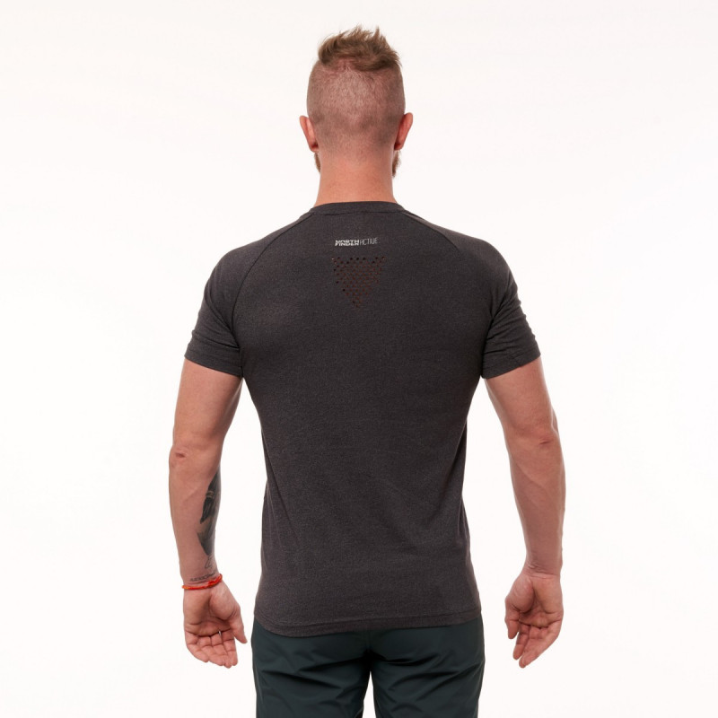 NORTHFINDER men's training t-shirt comfort TWQNY - Functional material in modern-look that is pleasant to touch. Resembles a natural material yet with all the positive properties of synthetic material such as fast moisture wicking, fast drying and easy maintenance. T-shirt is complemented by reflective elements that increase visibility at dusk and in the dark.