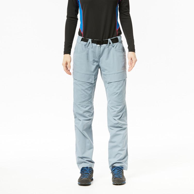 NORTHFINDER dámské jako bavlněné kalhoty outdoor styl zúžené 1L HUMBERISA - Technické dámske outdoorové nohavice značky NORTHFINDER vysoko priedušného materiálu v bavlnenom vzhľade. Vodoodpudivý materiál zabezpečuje kvalitnú ochranu,odolnosť aoptimálnu reguláciu telesnej teploty počas outdoorových aktivít. Voľnosť pohybu zabezpečuje pohodlný strih nohavíc-tzv. mrkváky, zipsové rozšírenie nohavícvspodnej časti. Nohavice sú vhodné na turistiku, outdoorové aktivity, voľný čas aj bežné nosenie. Nohavice HUMBERISA Vás určite nesklamú.